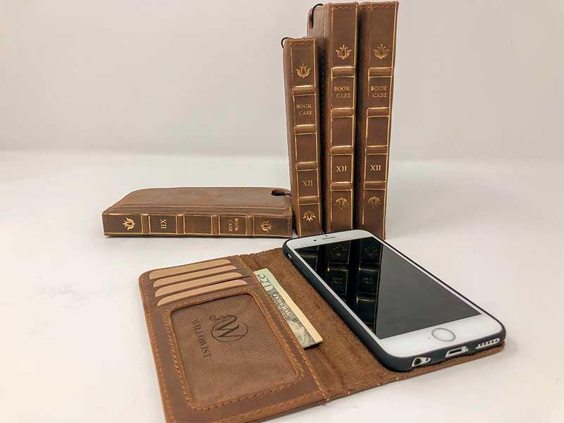 Чехол для смартфона в виде книги