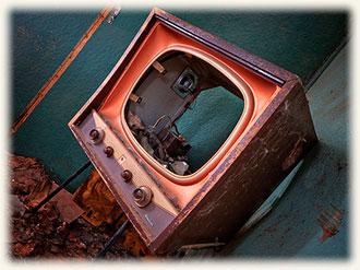 Хорошо или плохо, что телевидение в Украине постоянно дорожает? Стоимость телевидения.