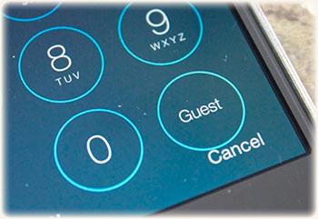 Как защитить на Айфоне личную информацию при передаче его другому человеку во временное пользование?