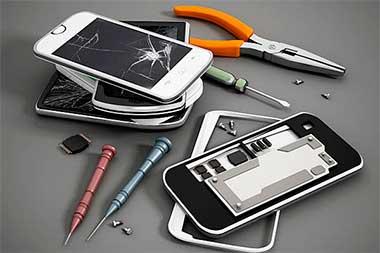 Виды поломок смартфонов. Стоит ли ремонтировать или лучше  купить новый?