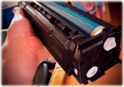 Какие картриджи для лазерных принтеров можно заправлять?